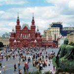 Иностранных туристов в России приехало больше на 20,3%