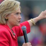 Самолет Хиллари Клинтон совершил экстренную посадку